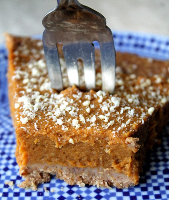 6 Plant-Based Pumpkin Pie Recipes