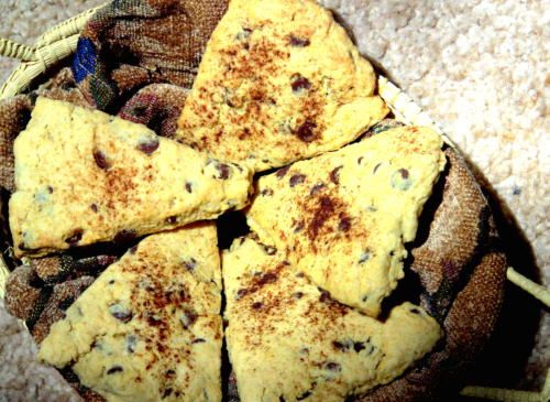 Chocolate Chip Scones: Lest you think I never bake or eat vegan junk food